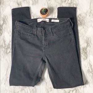 Hollister Low Rise Super Skinny Jeans Black 3S